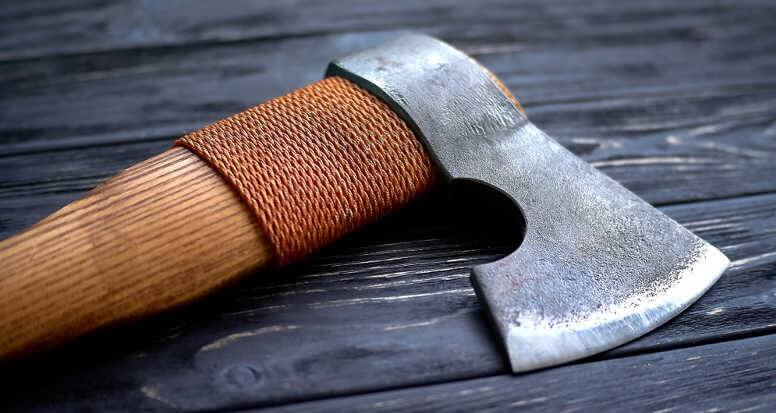 How to Protect Axe Handle and Head